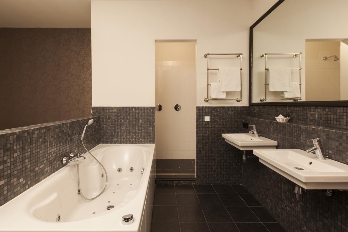 College Hotel Alkmaar badkamer - OTD toegang & comfort B.V. hotel ...